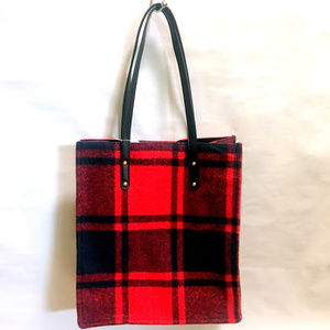 Red Plaid Winter Tote